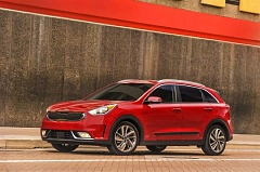 KIA MOTORS AMERICA - The 2017 Kia Niro is a compact hatchback with crossover styling, a comfortable ride and a lot of interior room.